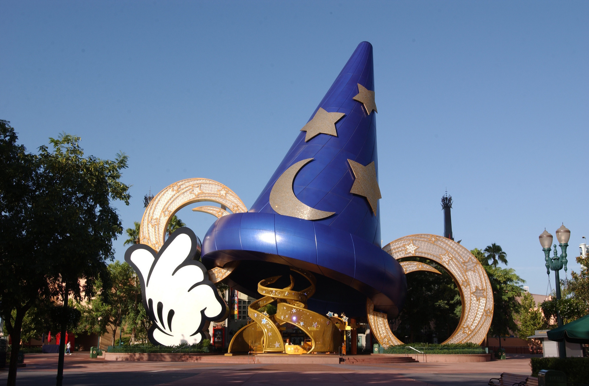 "ResortLoop.com Episode 159 – ""Hats Off"" To Disney's Hollywood Studios"