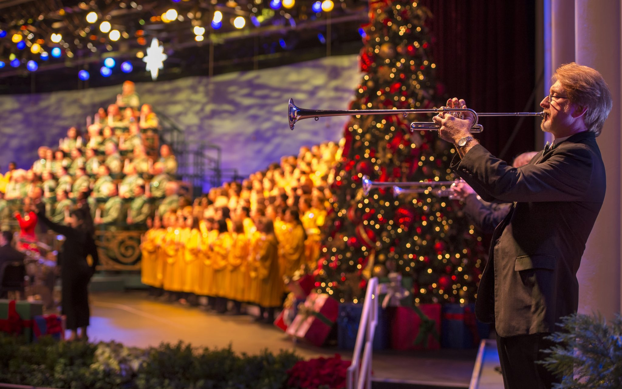 ResortLoop.com Episode 596 – Candlelight Processional
