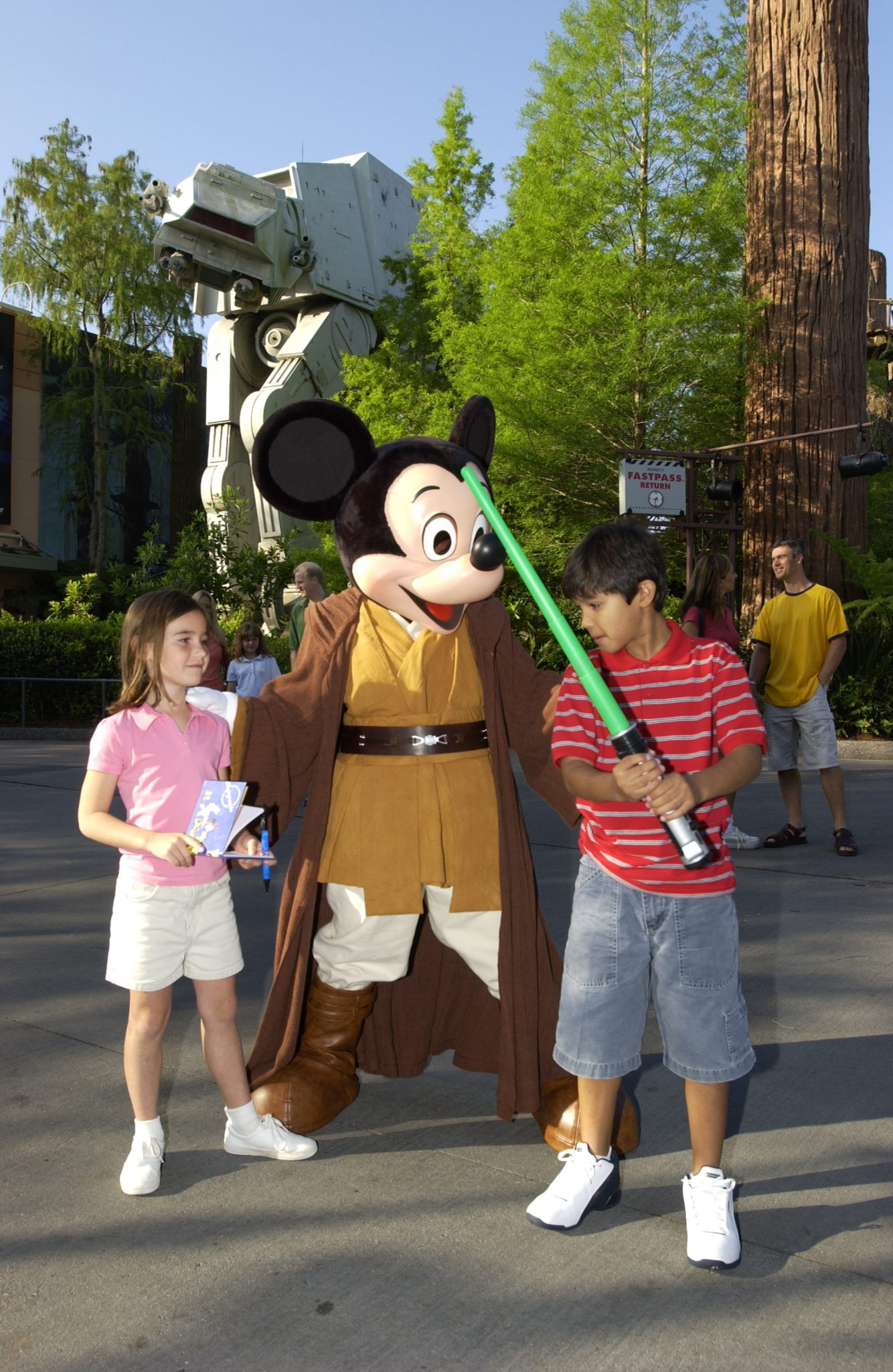 ResortLoop.com Episode 216 – Star Wars Weekends 2015!