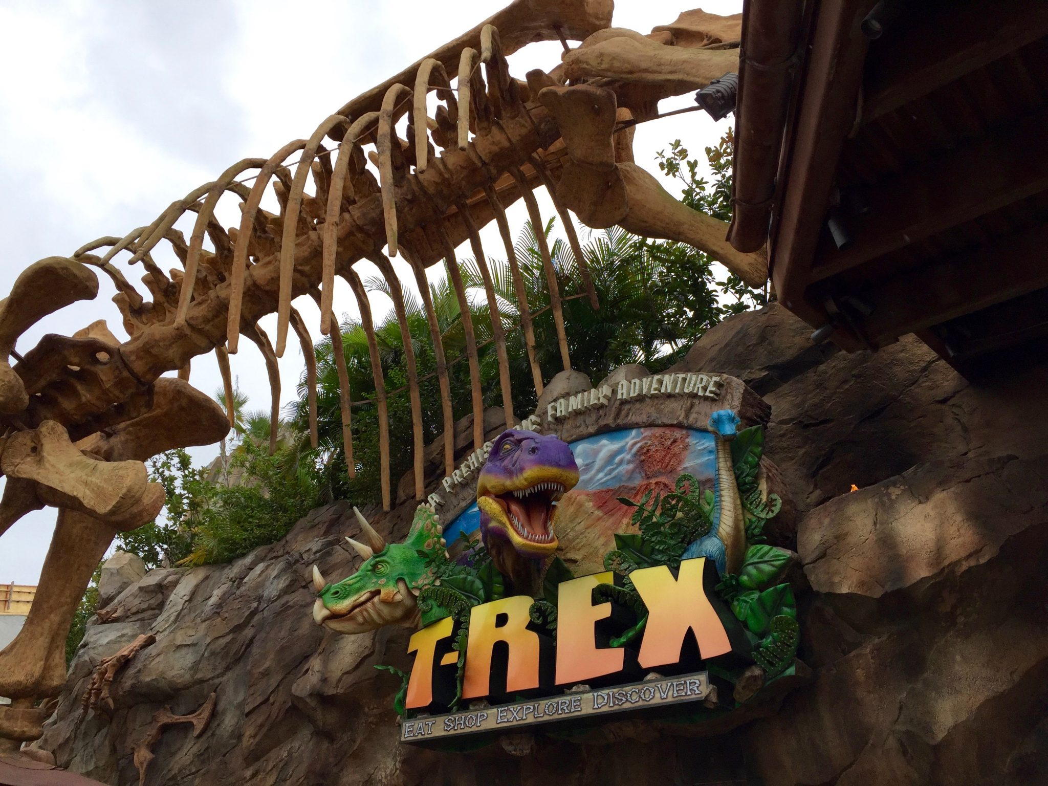 Disney Springs T-Rex Café Review