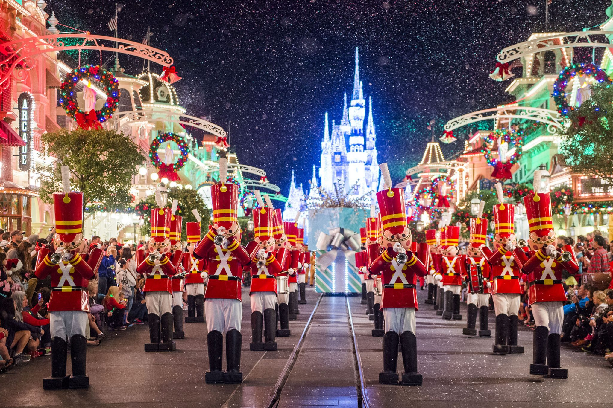 ResortLoop.com Episode 174 – Top 5 Must Do's During Christmas At WDW