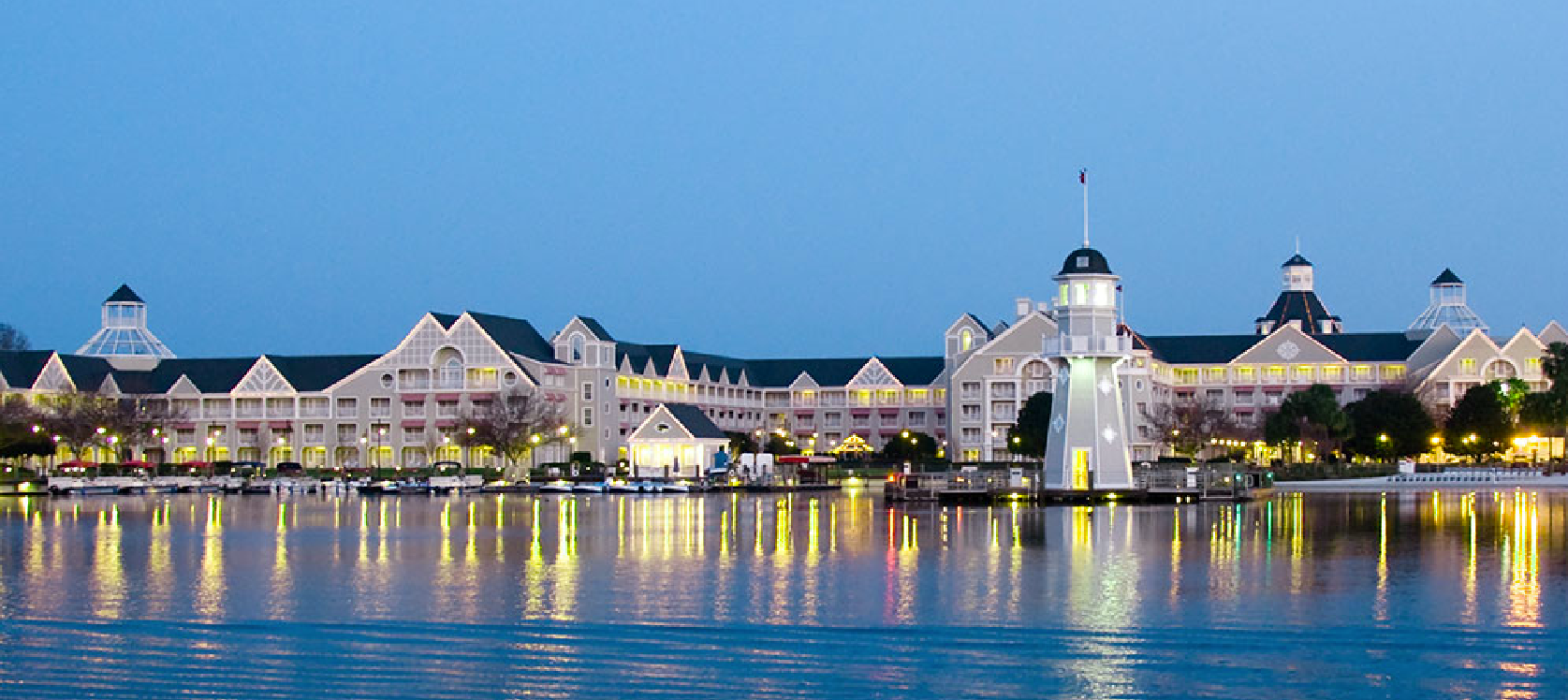 ResortLoop.com Episode 553 – Our Summer Disney Dining Series: Yacht Club